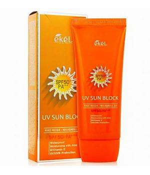 Солнцезащитный крем с экстрактом алоэ и витамином Е SPF50/PA+++